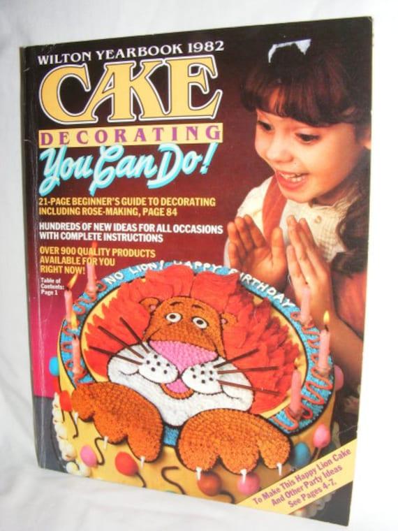 Items similar to Vintage Wilton Yearbook 1982 Cake ...