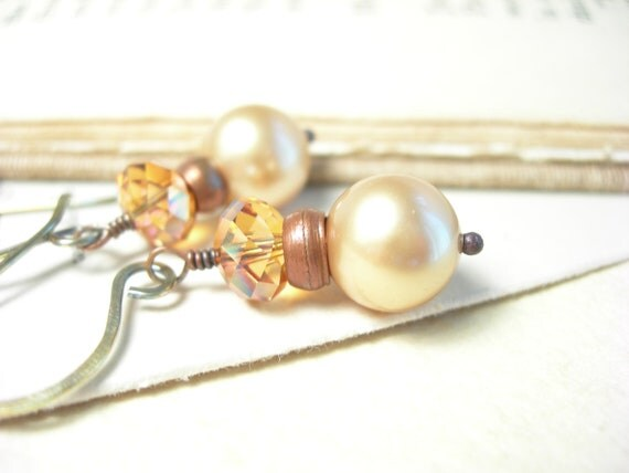 Vintage gold earrings swarovski crystal pearls copper rose smoke autumn pantone fashion