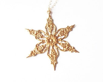 Gold Snowflake Necklace Winter Jewelry Snow Charm Pendant Christmas Holidays Vintage Style Bridal Bridesmaid Winter Weddings Womens Gift