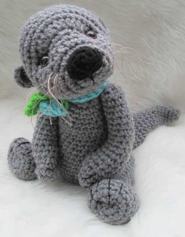 Yoda Amigurumi Pattern Free : Crochet Pattern Cute Otter by Teri Crews Wool and Whims
