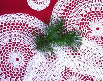 Set of 3 White Crochet Doilies and Thank You Small Gift Doily