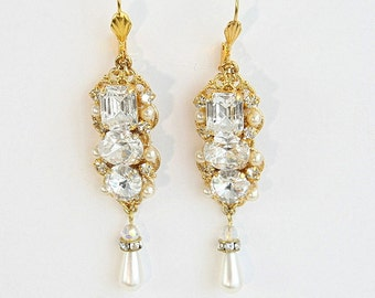 Bridal Earrings Chandelier Wedding Earrings Crystal Deluxe Earrings Drop Pearl Gold Rhinestones Earrings Drop Pearl Vintage Bridal Earrings
