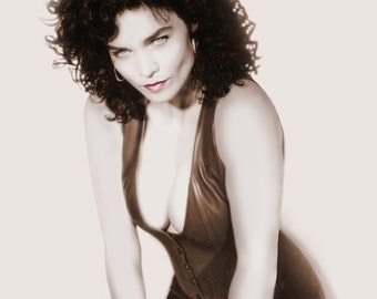 Alannah Myles Vintage Pin Up Photo Autographed