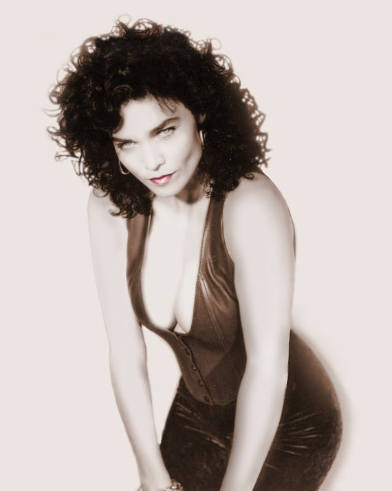 Alannah Myles Vintage Pin Up Photo Autographed By