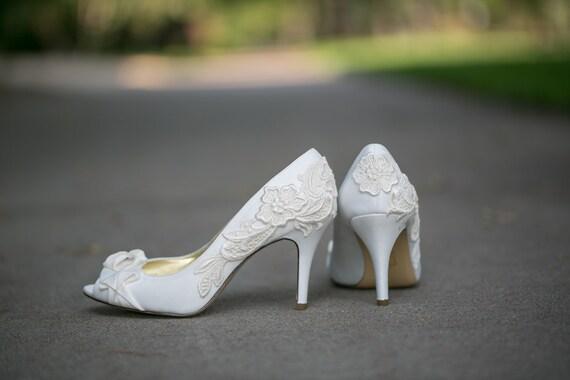 Wedding High Heels Ivory: Wedding Shoes Ivory Wedding Heels With Ivory Lace. US Size 9