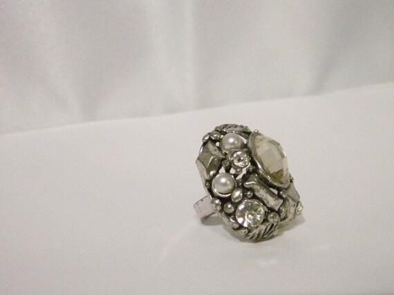 Vintage Costume Jewelry Ring- Adjustable-Chunky - Rockabilly- Kitschy- Kawaii