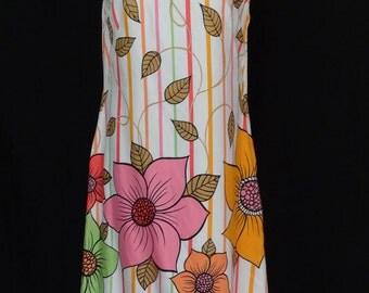 1960s Dress / MOD Opart Daisy Bold Striped Print Shift Dress / Alex Coleman