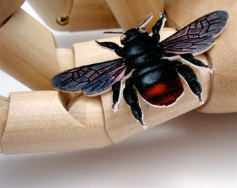Y Bee Brooch - Bumble Bee Colour Illustration Pin