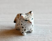 Snow Leopard pocket totem figurine