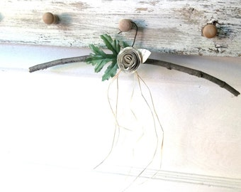 Winter WHite Woodland Rose. Rustic Twig Branch Hanger©  Rustic Woodland Wedding. Rustic Nature Shabby Decor by 3VintageHearts