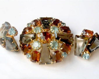 Juliana Keystone Brooch Earrings Smoky Blue Rare Tapered Baguette Rhinestones Vintage Verified  D & E High Fashion Jewelry DeLizza Elster