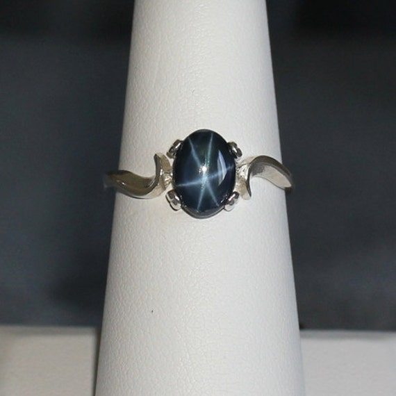 genuine 6 ray blue star sapphire sterling silver ring silver. Black Bedroom Furniture Sets. Home Design Ideas
