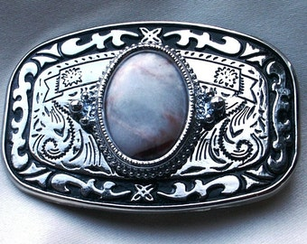 Belt Buckle 30x22mm Red Line Marble Cabochon in Silver Tone Metal with Black Enameling