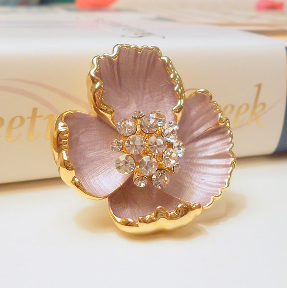 Vintage Purple Flower Brooch, Enamel Pin Pendant