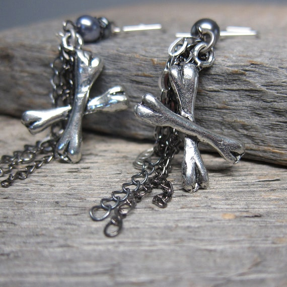 Pirates Yo Ho Earrings ... Crossbones, Storm Gray Pearls, and Chain Tassels with Sterling Silver Artisan Earwires