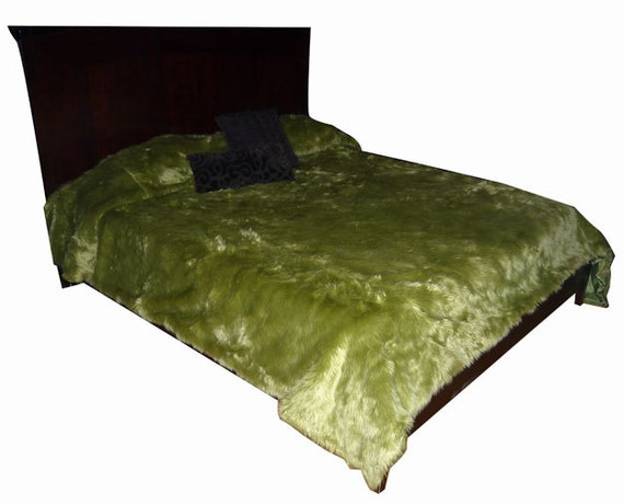 Vintage Green Shag Faux Fur Bedspread throw blanket White also available