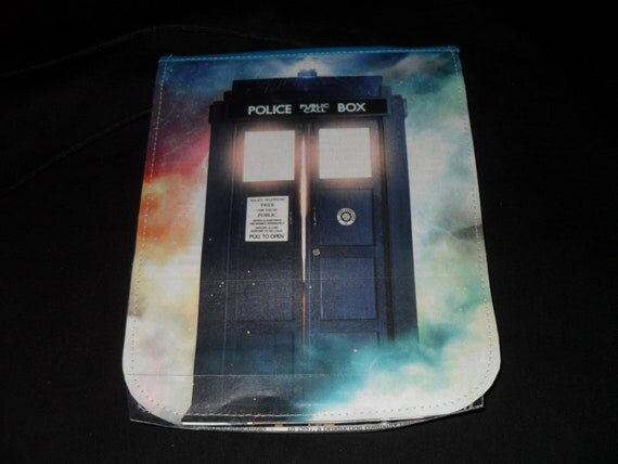 The TARDIS and the Doctor- Magazine Travel Purse