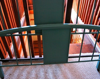 Vintage Antique Green Metal Bed Boxspring