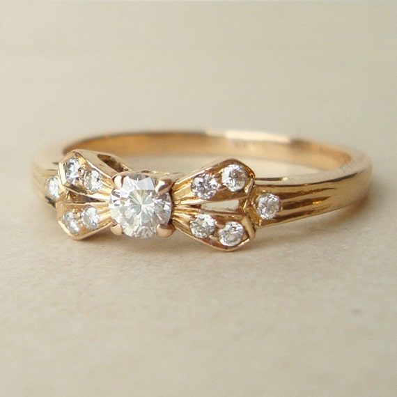 Items similar to Vintage Diamond Bow Ring Vintage Diamond & 18k Gold Eng