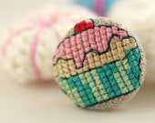 SALE - Cupcake - Fabric Covered Brooch Pin