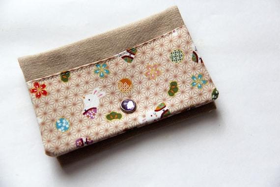Card holder - Rabbits - Japan - Flowers - gold - purple - kaki green - easter - shopping cards - transport card