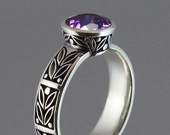 LAUREL CROWN silver ring with Amethyst