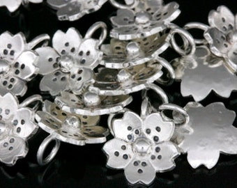 4KH-001 thai karen hill tribe silver 6 flower charm