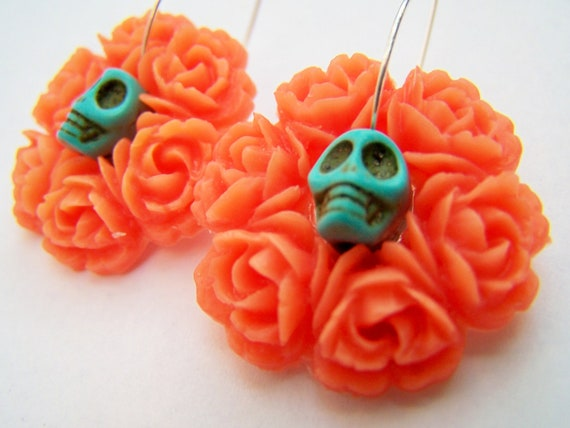 Day of the Dead Earrings - Corona - Wreath of Flowers & Skulls - Coral and Turquoise - Sugar Skull Earrings - Frida Kahlo Inspired