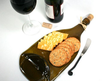 Large Gold Wine Bottle Flat Serving Tray - Tapered Neck with Cork and Raffia and Spreader - Recycled Eco-Friendly