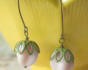 Vinrage Milk Pink Glass Swirl Brass Earrings - Pinkberry