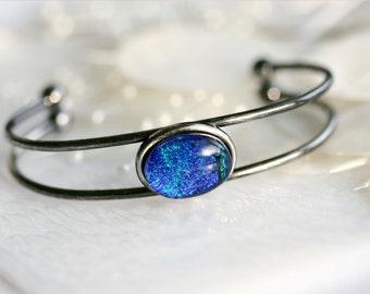 Bangle Bracelet in Blue Dichroic Fused Glass BL0017, GetGlassy