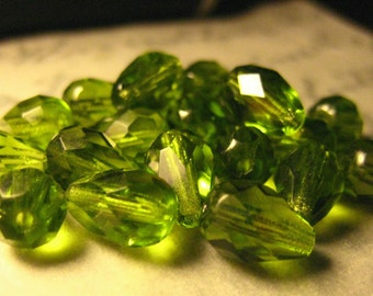 9x6mm Olivine Crystal Teardrop Beads