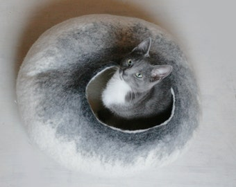 Pets Cave / Cat Cave / Cat Bed / Vessel - White Grey Bubble - Hand Felted Wool - Crisp Contemporary Design - Eco Friendly - READY TO SHIP
