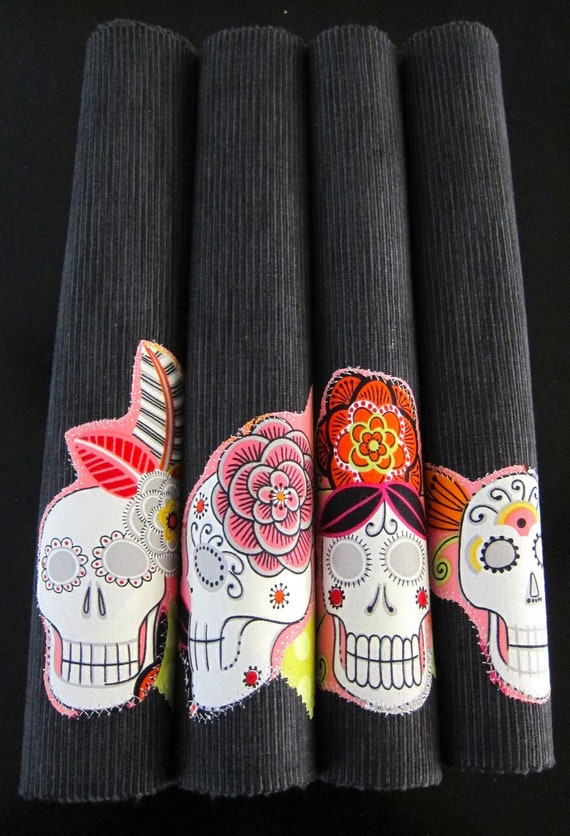 JARDIN de Muertos Mexican Kitchen PLACEMATS SET of Four