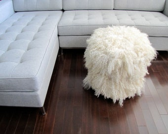 Shaggy wool felt curly wool pouf in natural white