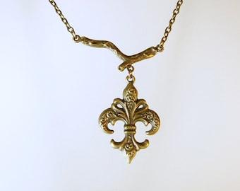 Bronze Renaissance Fleur De Lis Chain Necklace