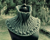 Neck Scarf Cowl green teal