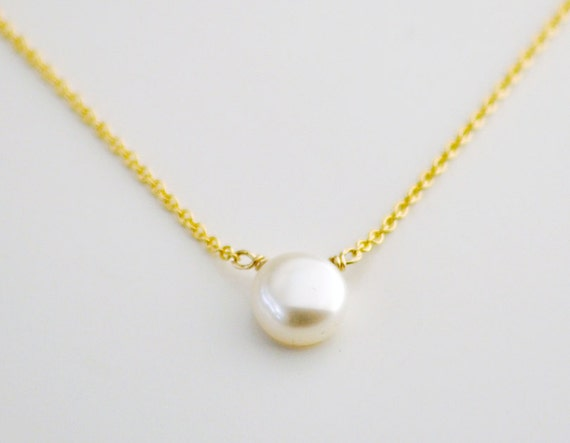 Buttonpearl necklace - small ivory round pearl - simple classic jewelry  gift for her