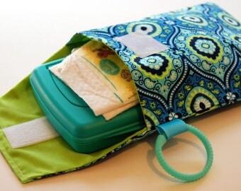 SALE - Treasure Box - Diaper and Wipes Stroller Organizer - Link Loop Diaper Bag