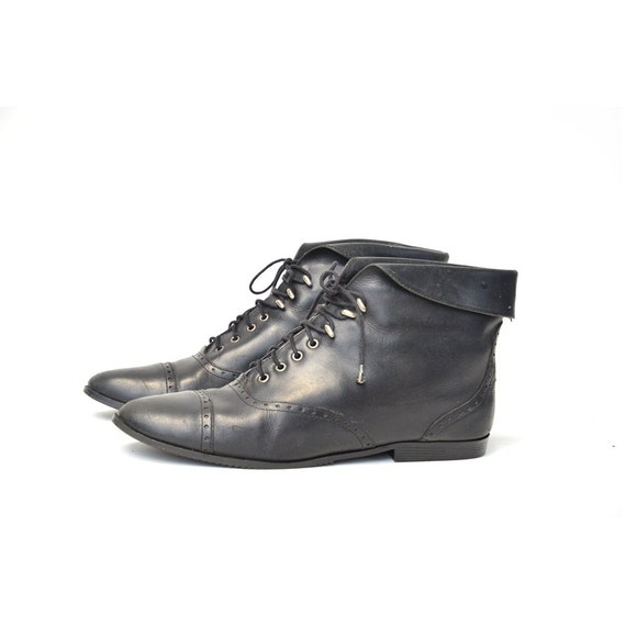size 10 vintage black leather ankle boots