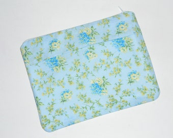 Pouch Zippered 8.5 x 6.5 inches Sky Blue Floral