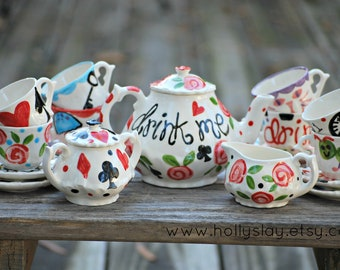 Alice in Wonderland Mad Hatter Tea Party . . . Personalized Child's Tea Set and 4 Matching Tea Cups