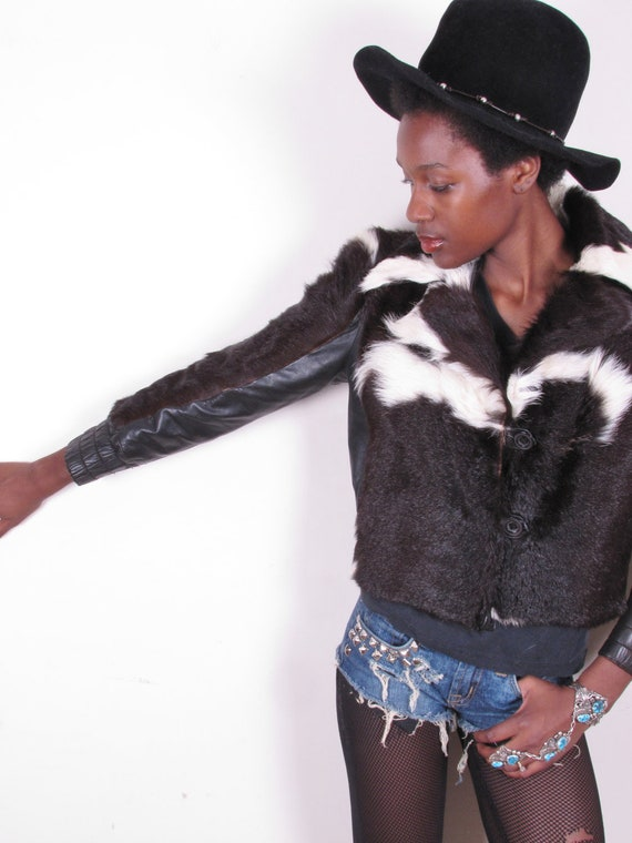 Vintage 80s SAKS FIFTH AVENUE Black and White Pony Cowhide Cropped Fur Leather Skin Jacket Cropped Sleeve Waist Coat