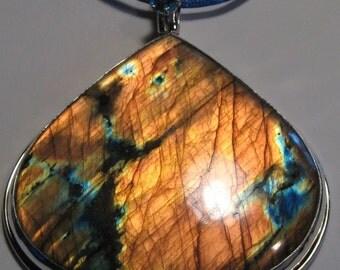 STUNNING.... Labradorite   pendant ...... LARGE SIZE .......                           e349
