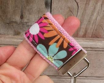 READY To Ship-MINI-MINI Keychain-Wild Flowers On Pink