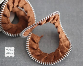 Brown Zipper Ribbon - Gathered Trim Tape - 1 yard - Melissa Frances - zipper flowers and embellishments
