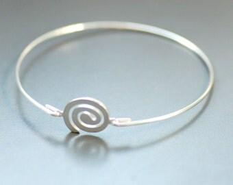 Silver Spiral Bracelet, Bangle Bracelet, Stacking Bracelet, Silver Bangle, Modern Minimalist Jewelry - Gift for her Under 25