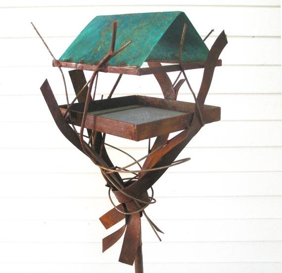 Sculptural Bird Feeder 261