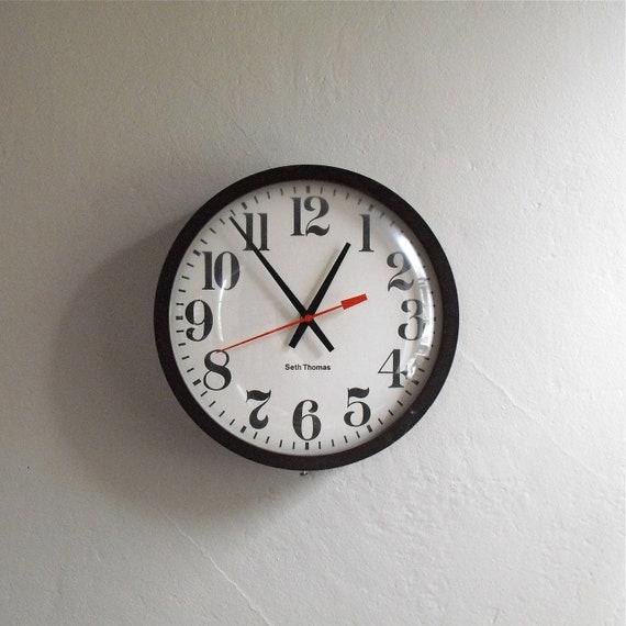 Vintage Industrial School Clock : Mid Century Seth Thomas Wall Clock