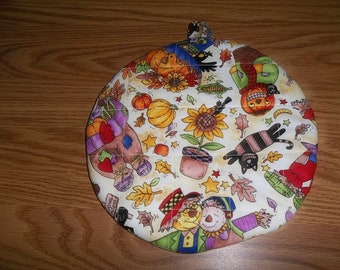 Fall Scarecrows Round Hot Pad or Pot Holder Quilted Cotton Fabric Insulated Trivet 9 Inches